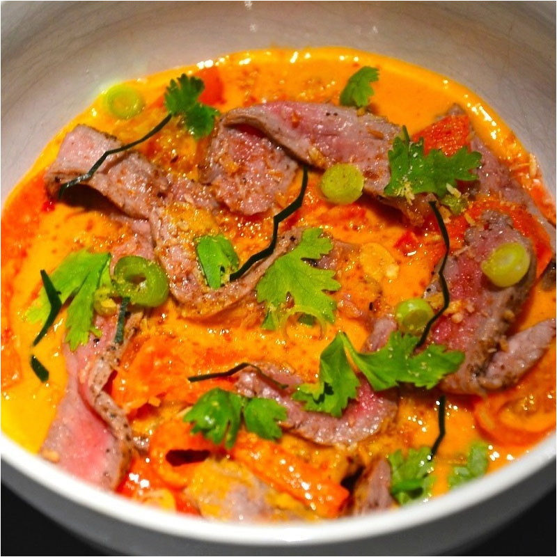 Boeuf curry rouge